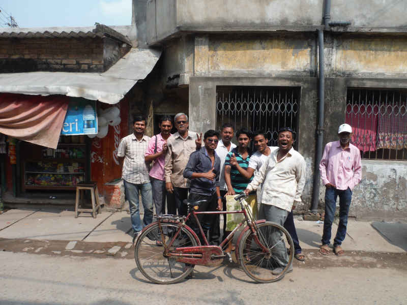 outside the vipassana centre in kolkota